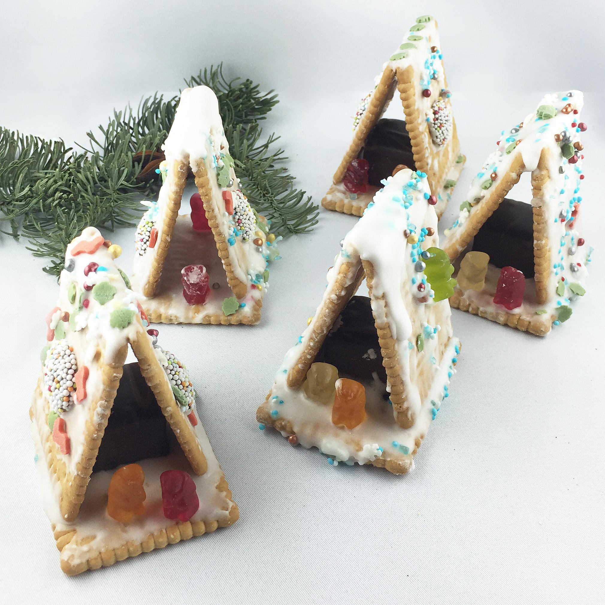 Hexenhäuschen aus Keksen - Der Zauber von Weihnachten